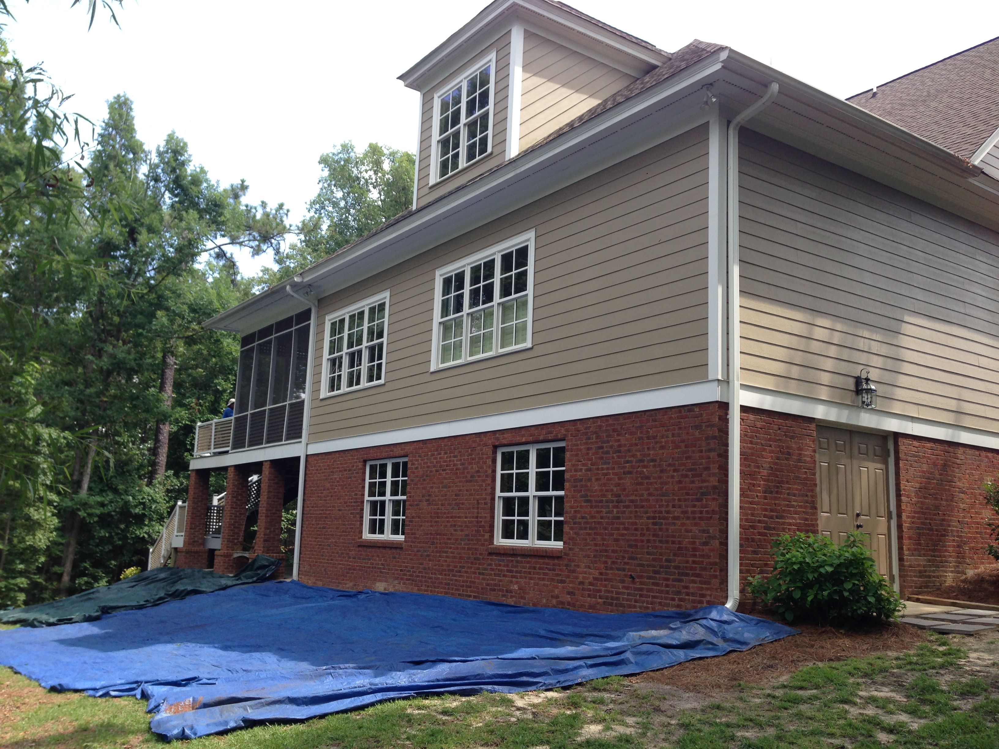 image of residential siding done by american roofing vinyl siding - Home Exterior Siding